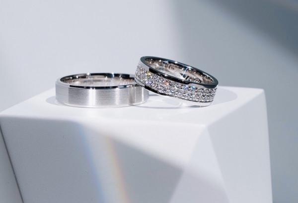 Zásnubní a snubní prsteny Visaku