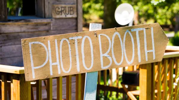 fotokoutek nebo fotobudka