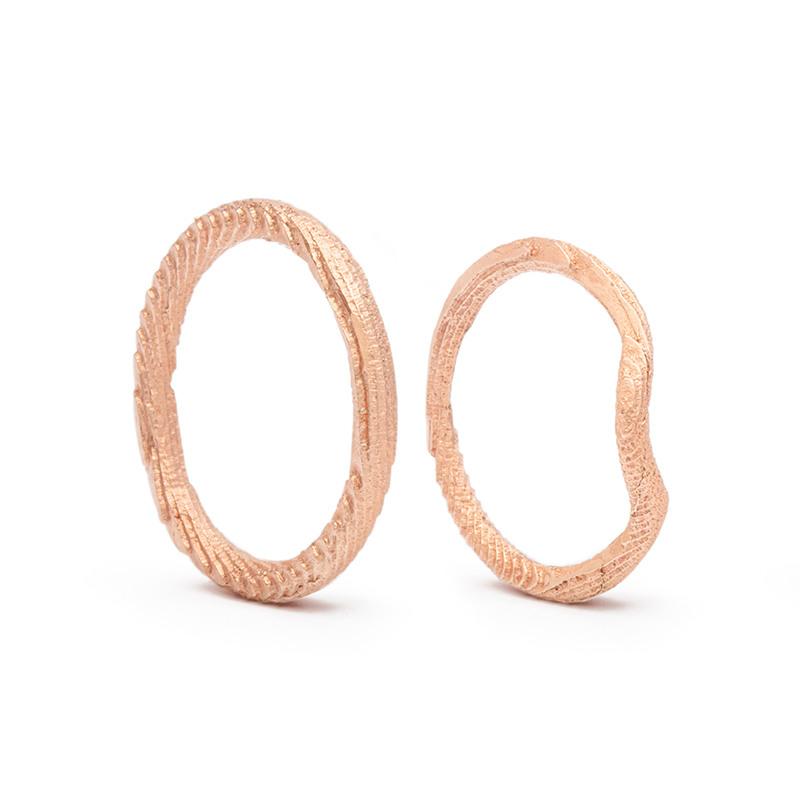 Designové snubní prsteny kruh a nekonečno od Věry Novákové
