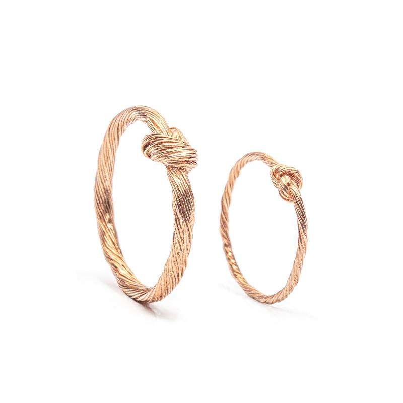 Designové snubní prsteny tordované od Hany Polívkobé